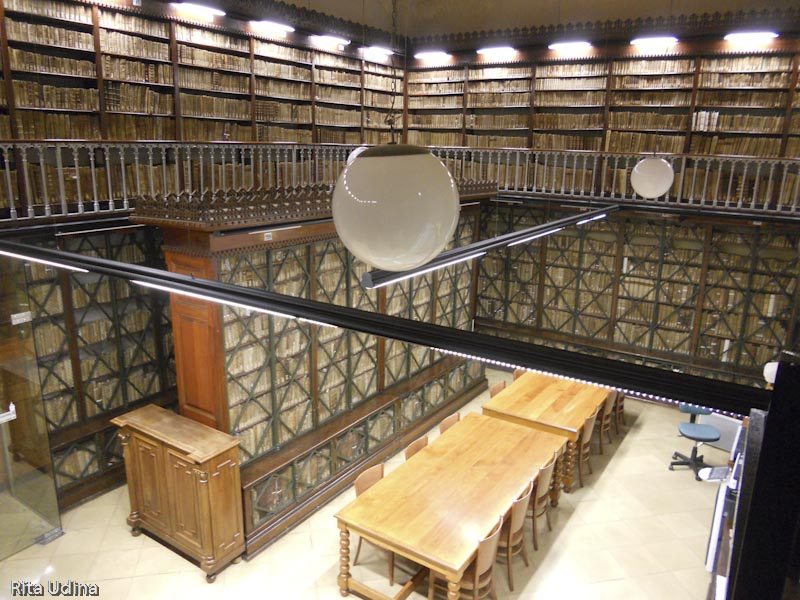 Library of the Barcelona University (UB)
